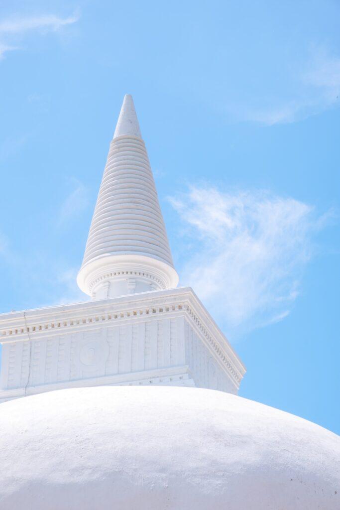 sri lankan guides anuradhapura