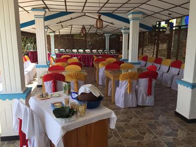 Geeruk. Hotel and Family Restaurant